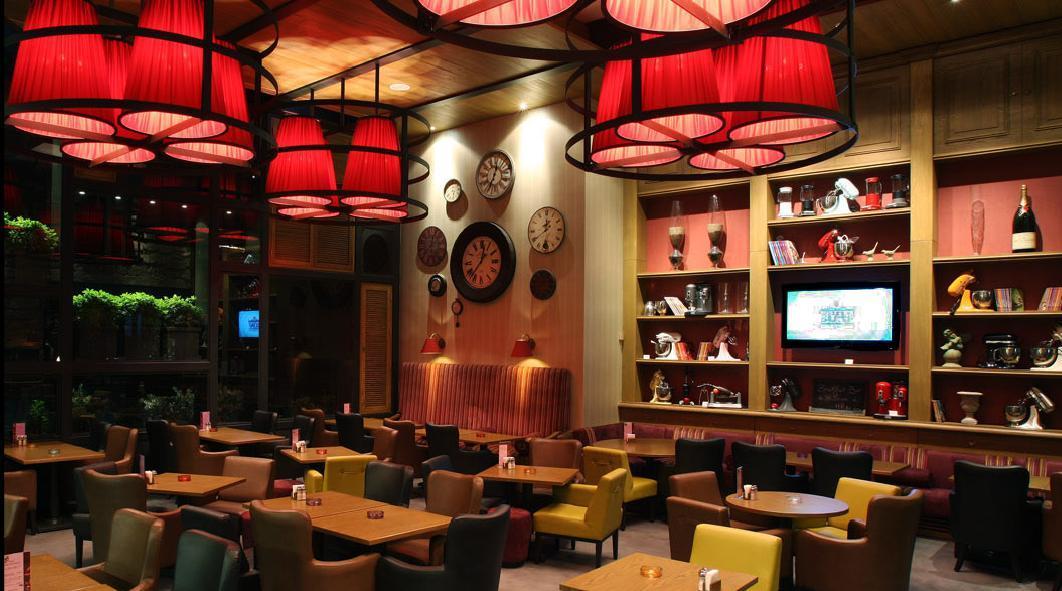 Restaurant Furniture Lebanon : Al mandaloun cafe shop talk beirut